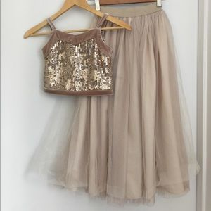 Kid Pippa and Julie top and skirt set size 8